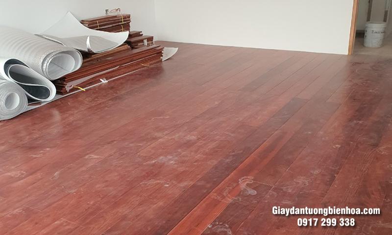 Chọn mua sàn gỗ phòng ngủ chất lượng