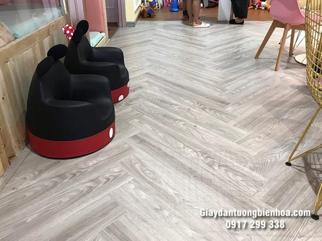 Địa chỉ cung cấp sàn nhựa cho spa giá rẻ